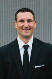 Vincent Dykstra : Trustee